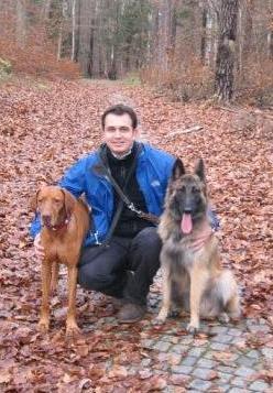 Christian Flack mit den Hunden: Max und Finn